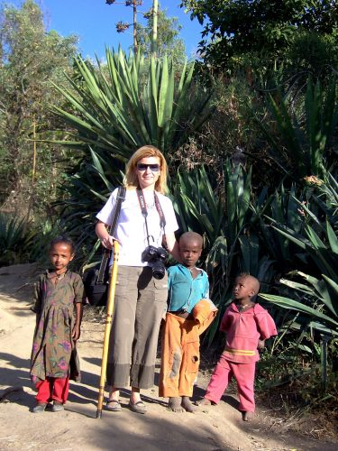 Etiyopya'nın kuzeyindeki monolitik kiliseleriyle ünlü Lalibela'daki bir köyün sevimli çocuklarıyla...