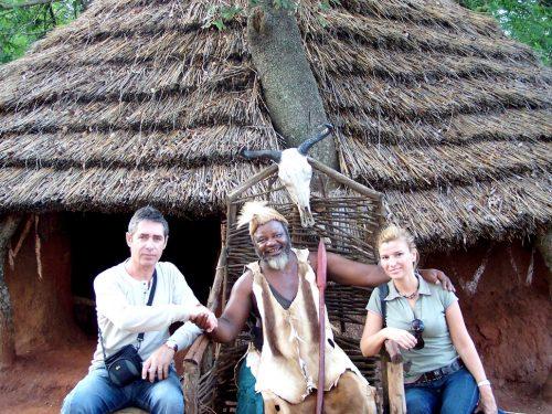 Güney Amerika, Kruger Milli Parkı civarında Shangana Köyü'nde şef bizi krallar gibi karşıladı...