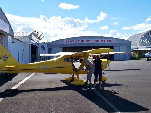 Hint Okyanusu'nda konfeti büyüklüğündeki minik ada Reunion en güzel minik uçak ULM ile gezilir...